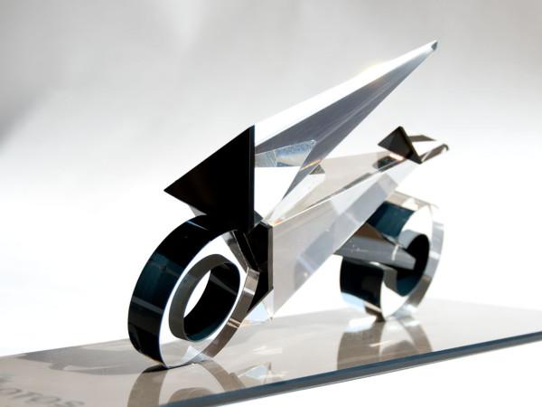 trofeo moto vidrio prisma