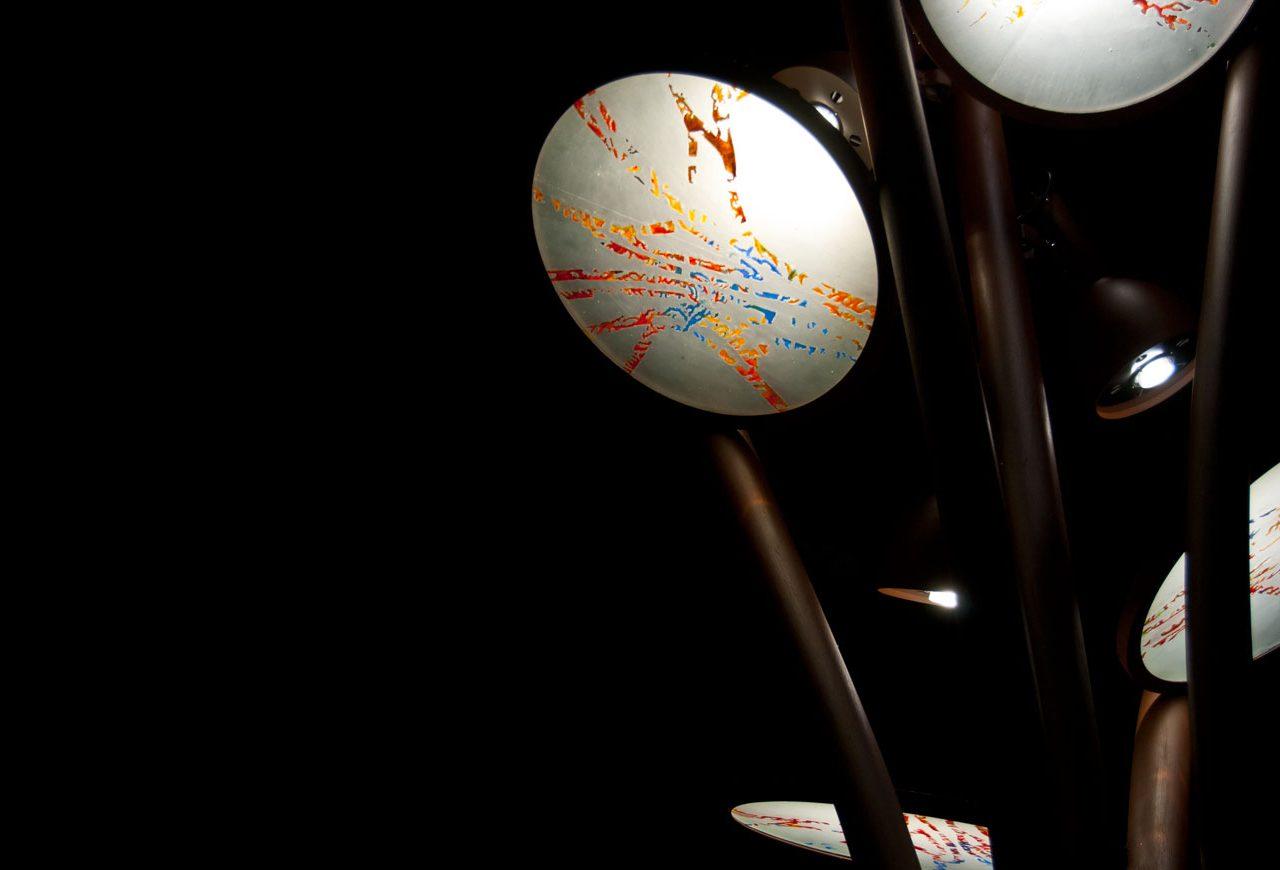 Detalle nocturno farola en Ripoll