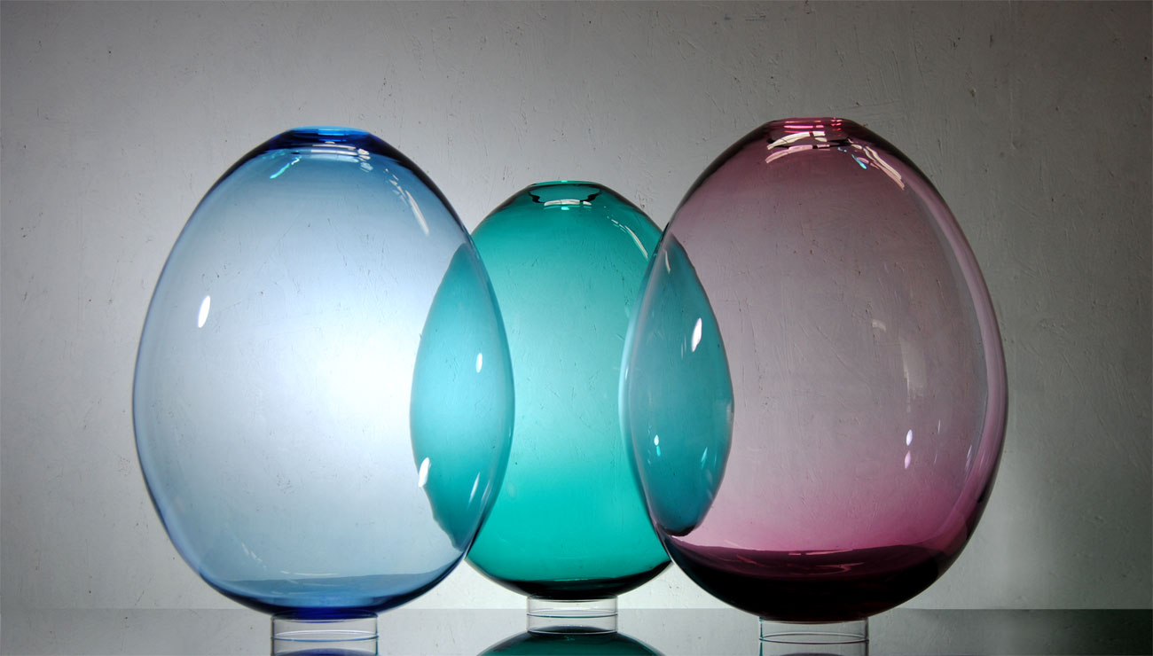 Huevos de vidrio soplado azul, turquesa, rosa
